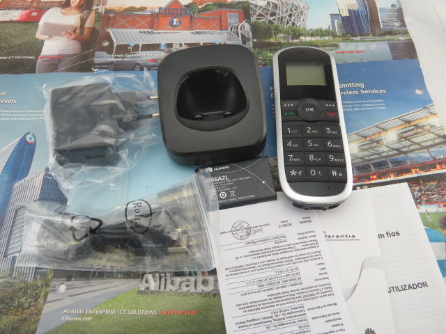 [해외]화웨이 FWT FC312E 기존의 GSM 무선 전화기 화이트 / 블랙 색상 토지 전화/Huawei FWT FC312E Original GSM cordless telephone White/Black color land phone