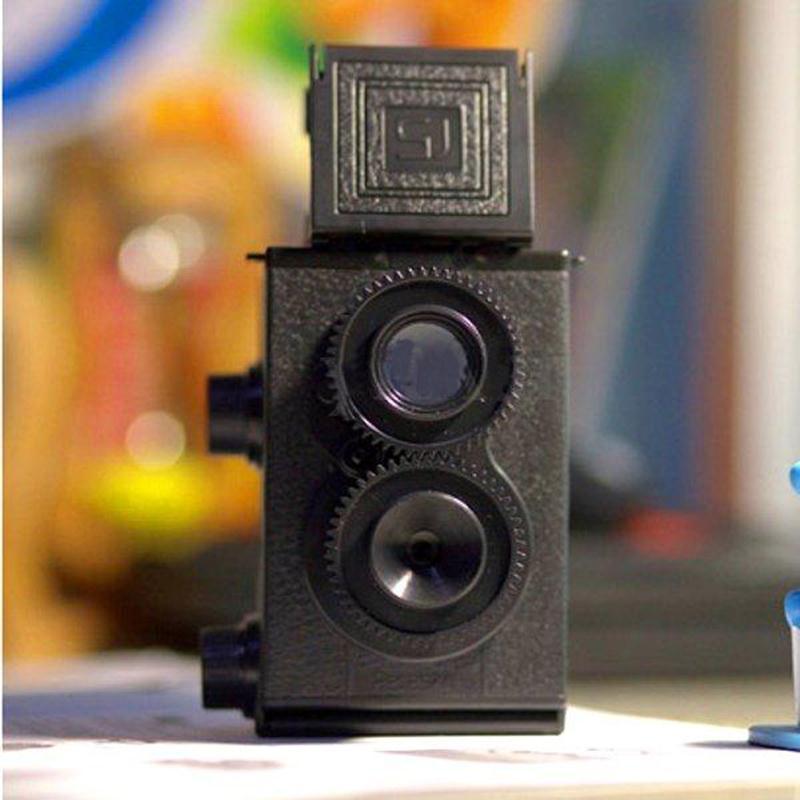 [해외]패션 블랙 DIY 트윈 렌즈 반사 TLR 35mm Lomo 필름 카메라 키트 클래식  취미 사진 장난감 어린이 / 학생을선물/Fashion Black DIY Twin Lens Reflex TLR 35mm Lomo Film Camera Kit Classic Pla